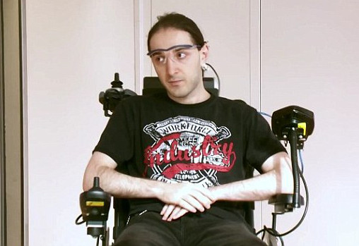 Device allows disabled people to steer their wheelchair using just their ears