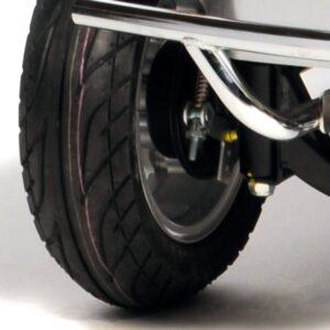 Landranger Deluxe Pneumatic tyres 800px